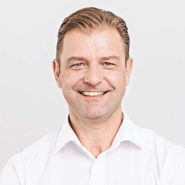 Portraitfoto von Henning Marcard