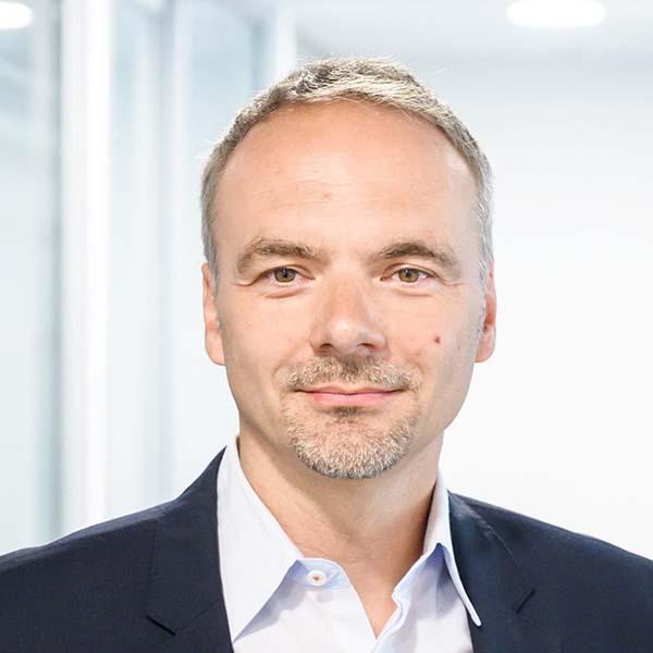 Portraitfoto von Tobias Heers